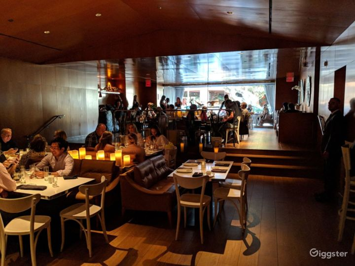 Modern and Stylish Restaurant in Brentwood - Buyout Photo 4