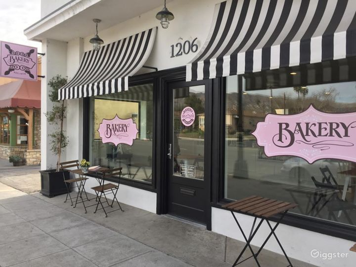 Airy Parisian Bakery w/ Kitchen & Storefront Cafe
