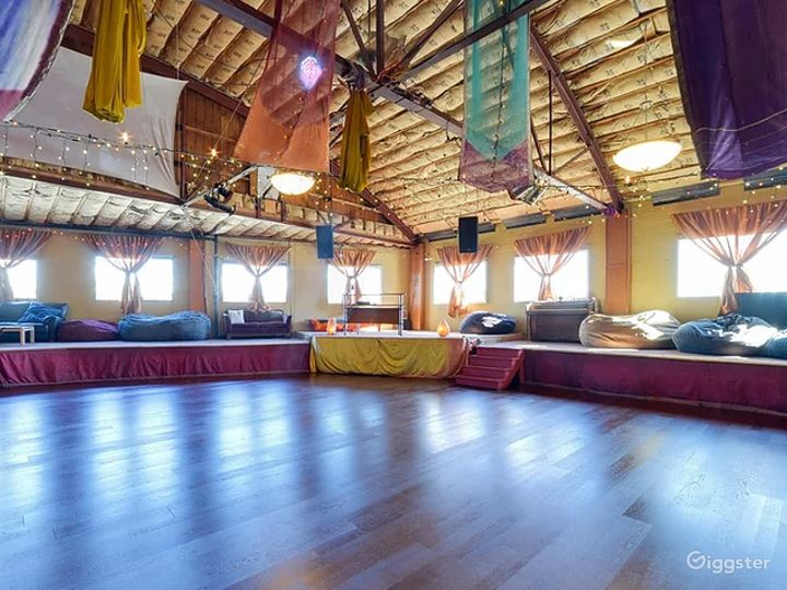 Large beautiful space for weddings and memorials