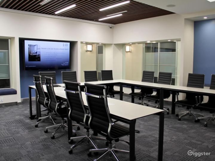Time Square Large Meeting Room Photo 4