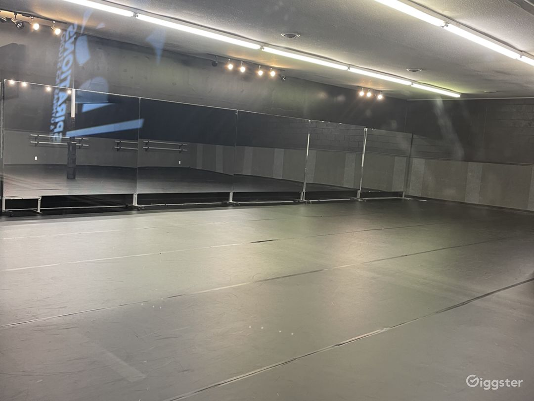 Film, Photography, Meeting Space or Dance Studio Photo 1