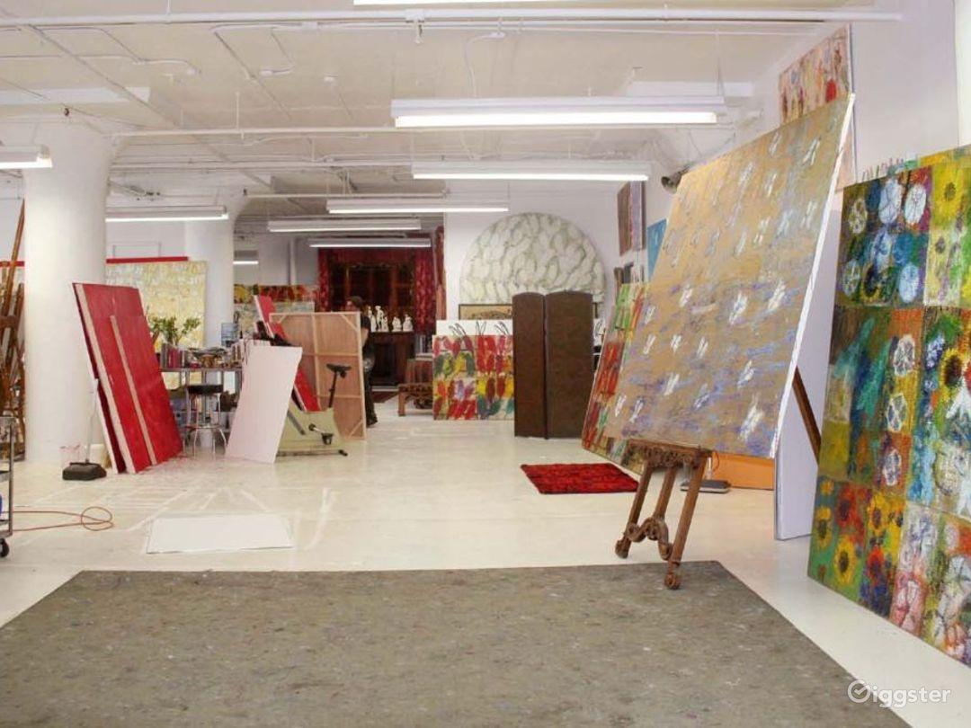 Ornate artists loft and studio: Location 3344 Photo 1