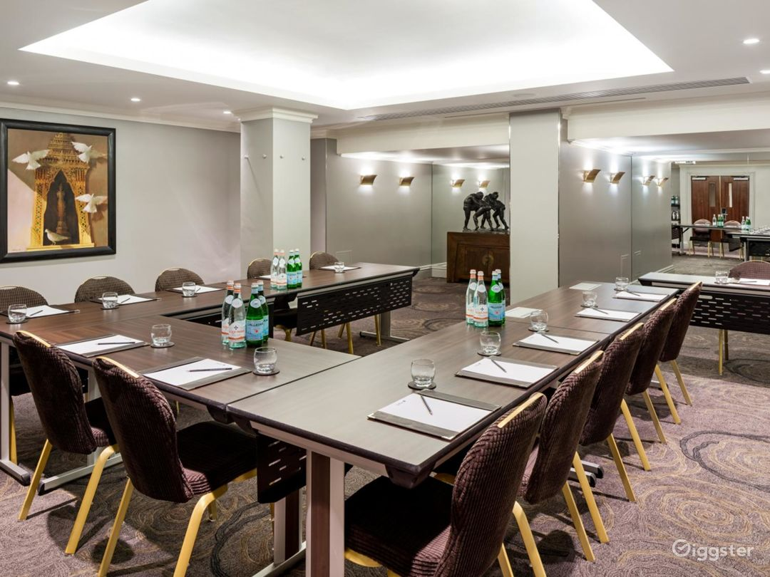 Luxurious Event Space in Tottenham Court Road, London Photo 1