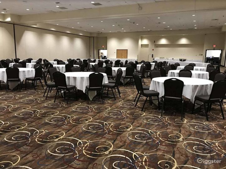 Fantastic Hotel Event Space in Lincoln  Photo 4