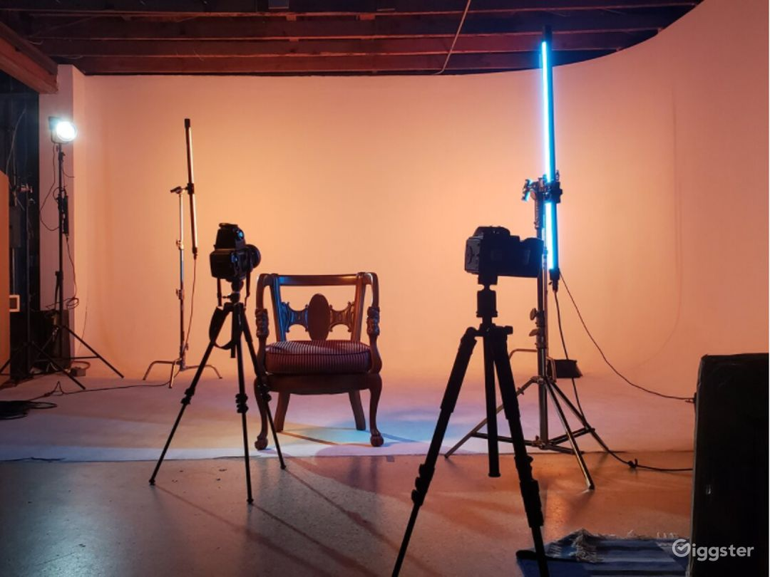 Studio for Photography Video Podcasting Streaming Photo 1