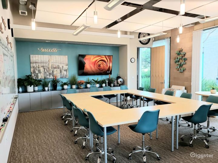 Spa-Inspired Conference and Training Room Photo 4
