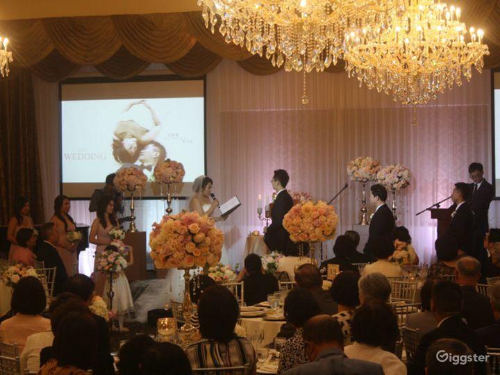 Spacious Elegant Banquet Hall Photo 3