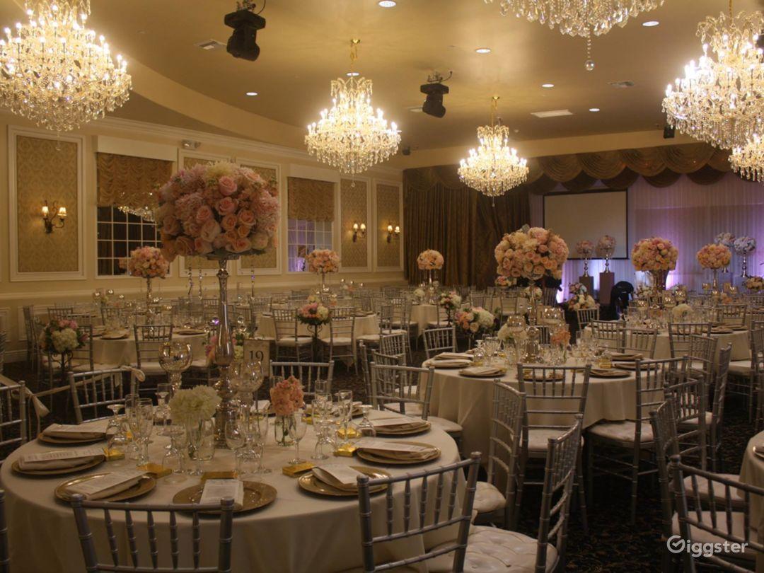 Spacious Elegant Banquet Hall Photo 1