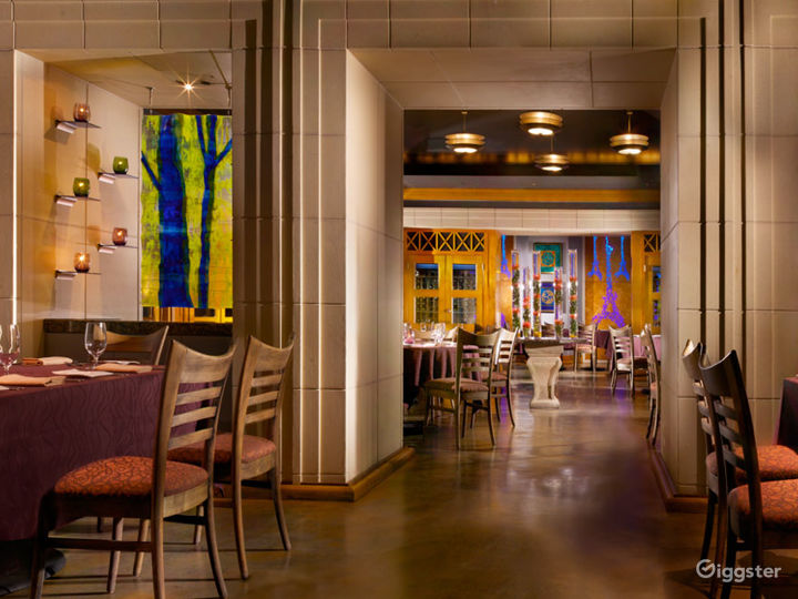 Luxury Hotel Bar and Restaurant Photo 3