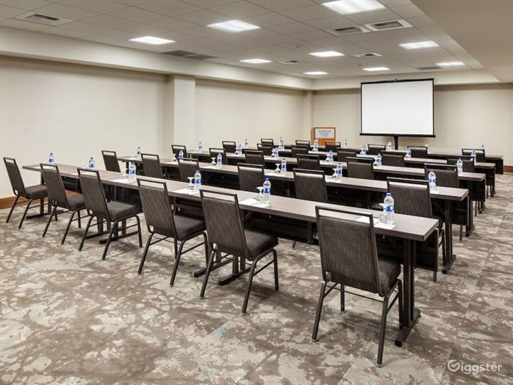 Luxury Conference Rooms w/ In-house Event Experts Photo 4