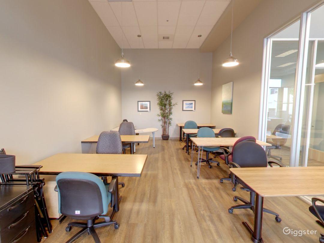 Large and Spacious Meeting Room in San Rafael Photo 1