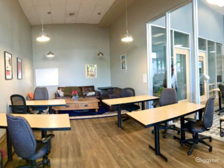 Large and Spacious Meeting Room in San Rafael Photo 2
