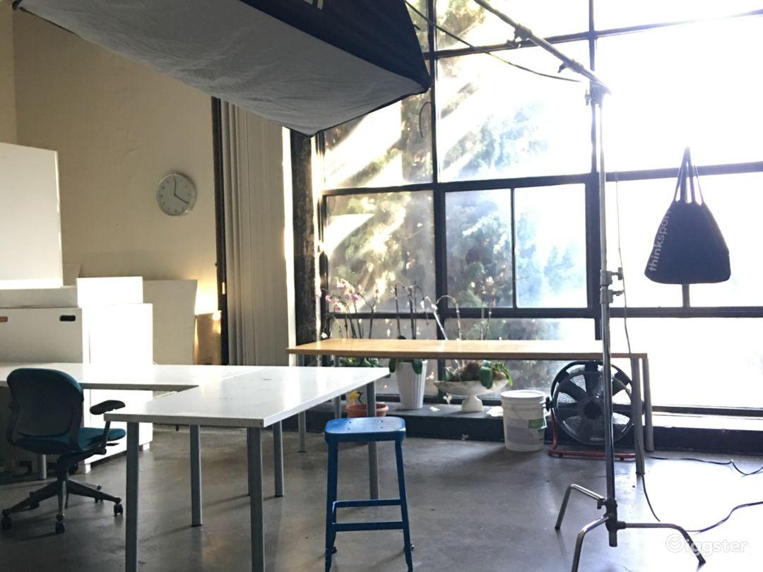 Loft space for creative use Photo 5