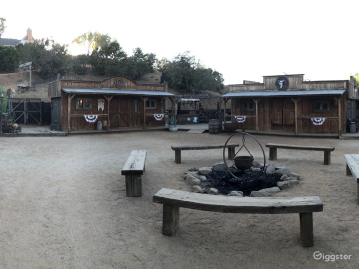 Stunning and unique Western Town in Agua Dulce