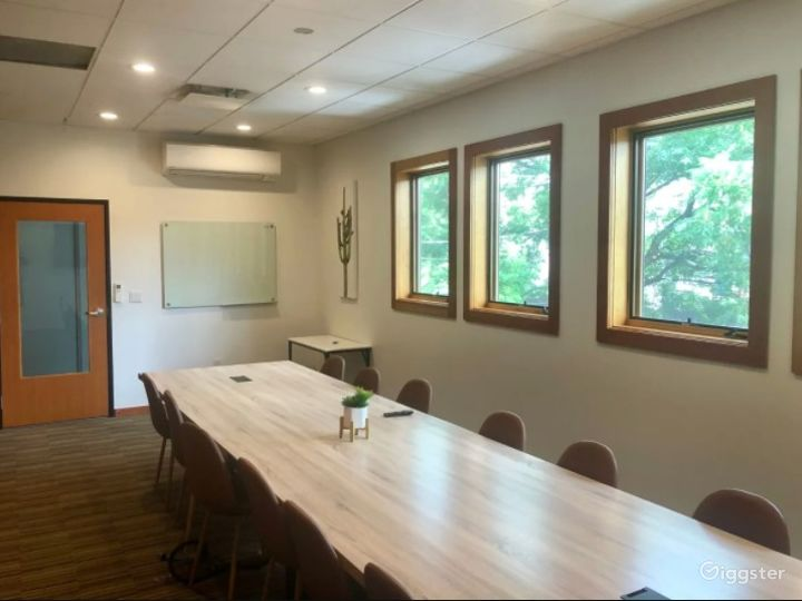Downtown Austin Conference Room Photo 5