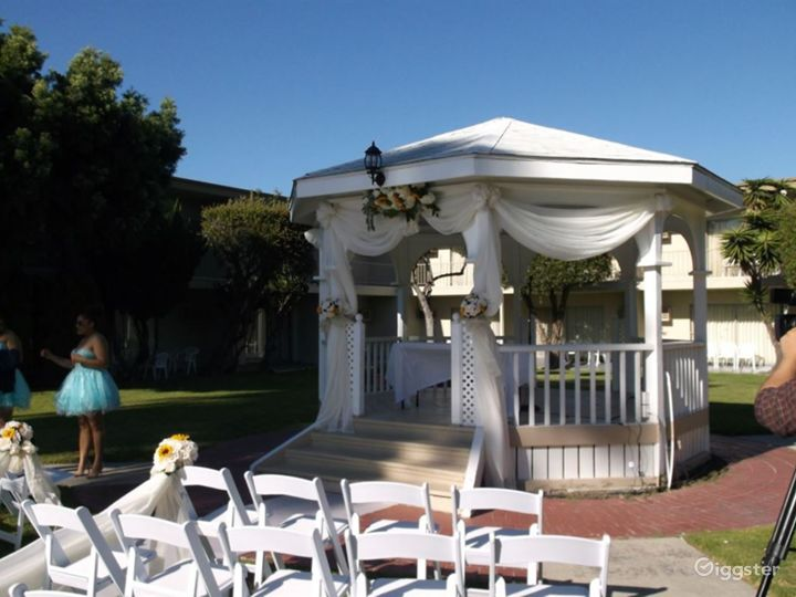 Elegant Courtyard Gazebo with a Pool view Photo 5