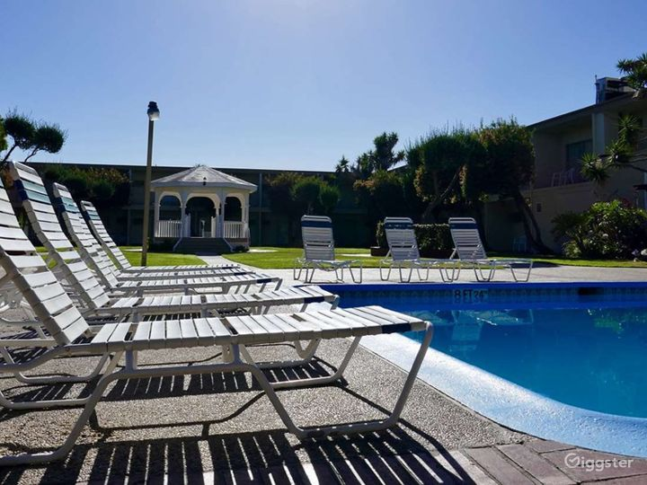 Elegant Courtyard Gazebo with a Pool view Photo 4