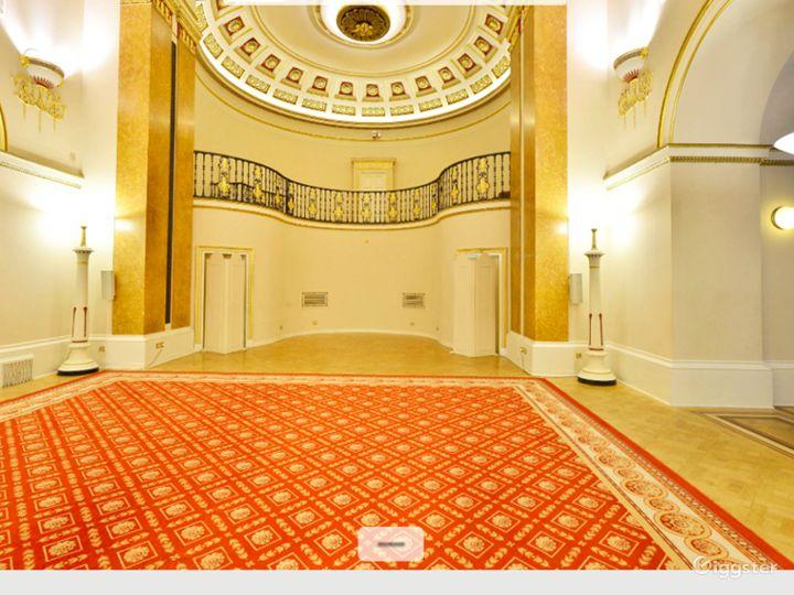 Elegant Ballroom in London Photo 4