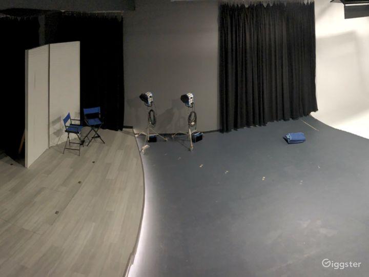 White Cyclorama Studio Space Photo 4