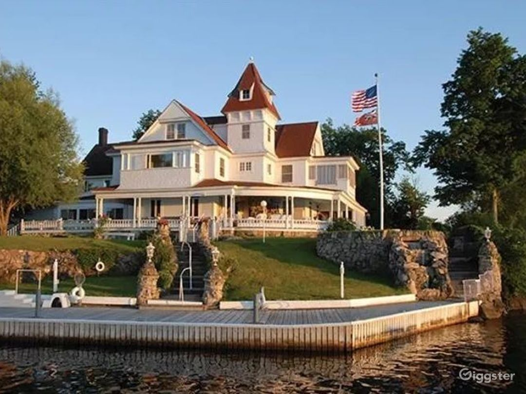 Grand Gilded Age Cottage in Alexandria Bay Photo 1