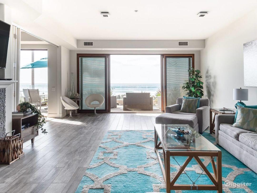 The Seahorse Oceanfront Villa Photo 1
