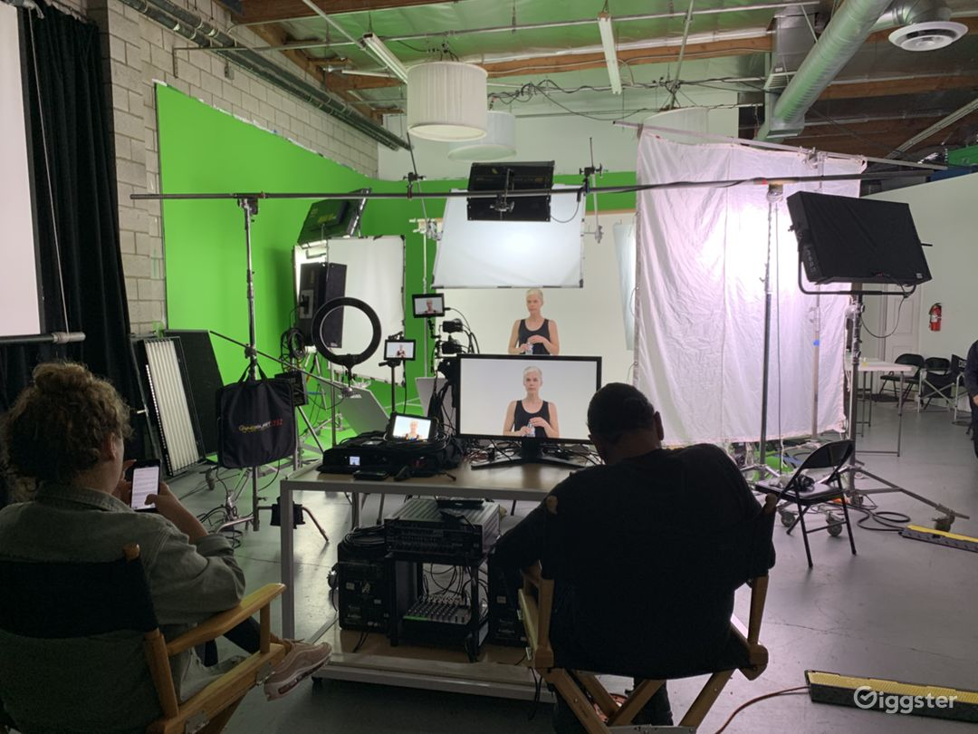 COSMETIC COMMERCIAL. WITH SEVERAL OF OUR LIGHTS, TWO 4k CAMERAS AND MONITORS ON DISPLAY.