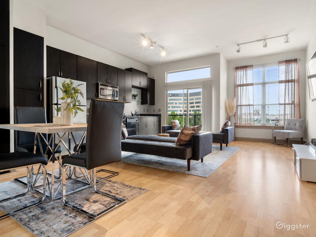 Luxurious Apartment | Gorgeous Views Photo 1