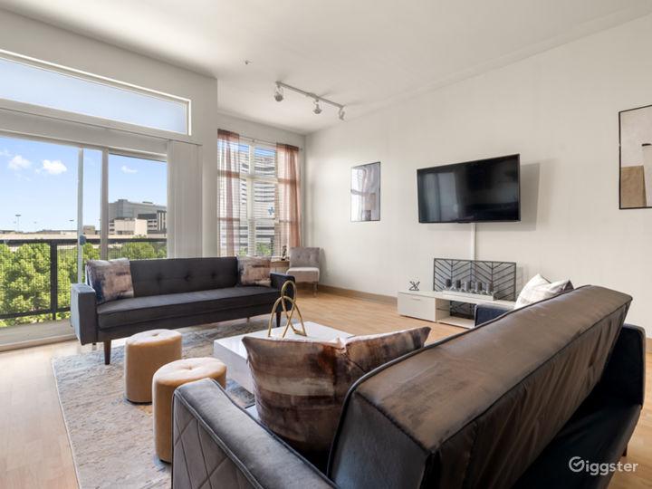 Luxurious Apartment | Gorgeous Views Photo 3