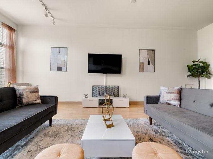 Luxurious Apartment | Gorgeous Views Photo 2