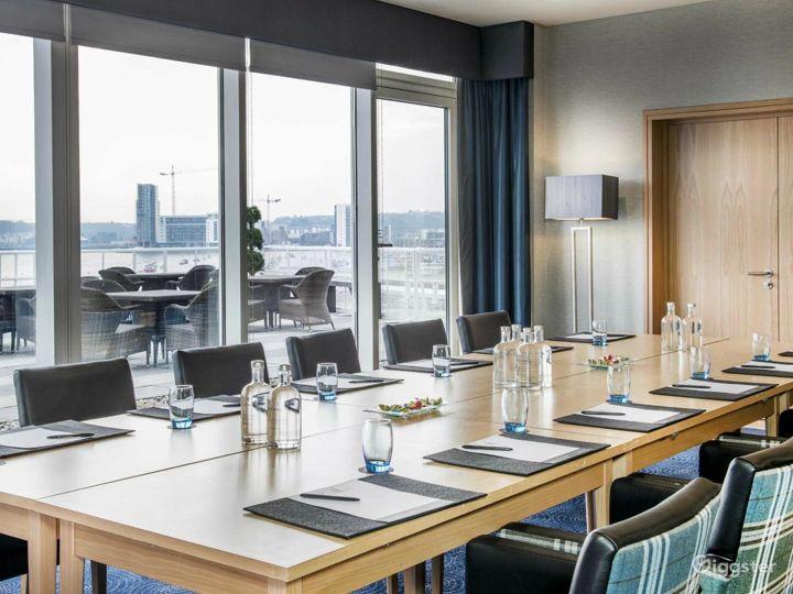 Penarth Suite with Impressive view in Cardiff Photo 4