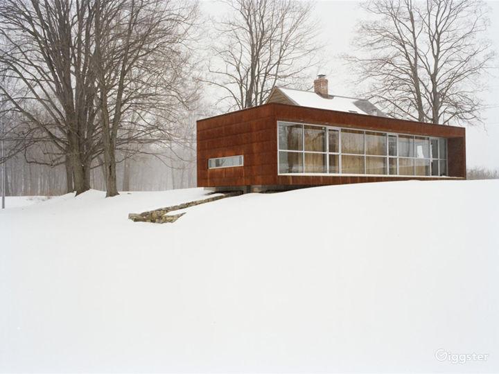 Modern farmhouse renovation: Location 5265 Photo 2