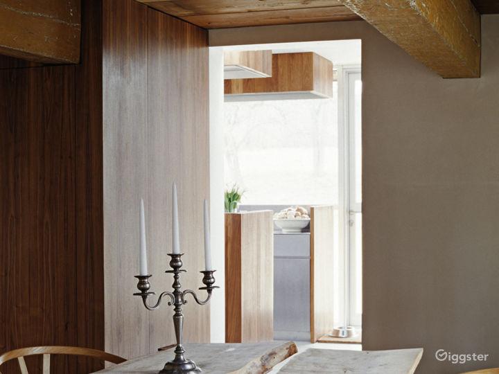 Modern farmhouse renovation: Location 5265 Photo 4