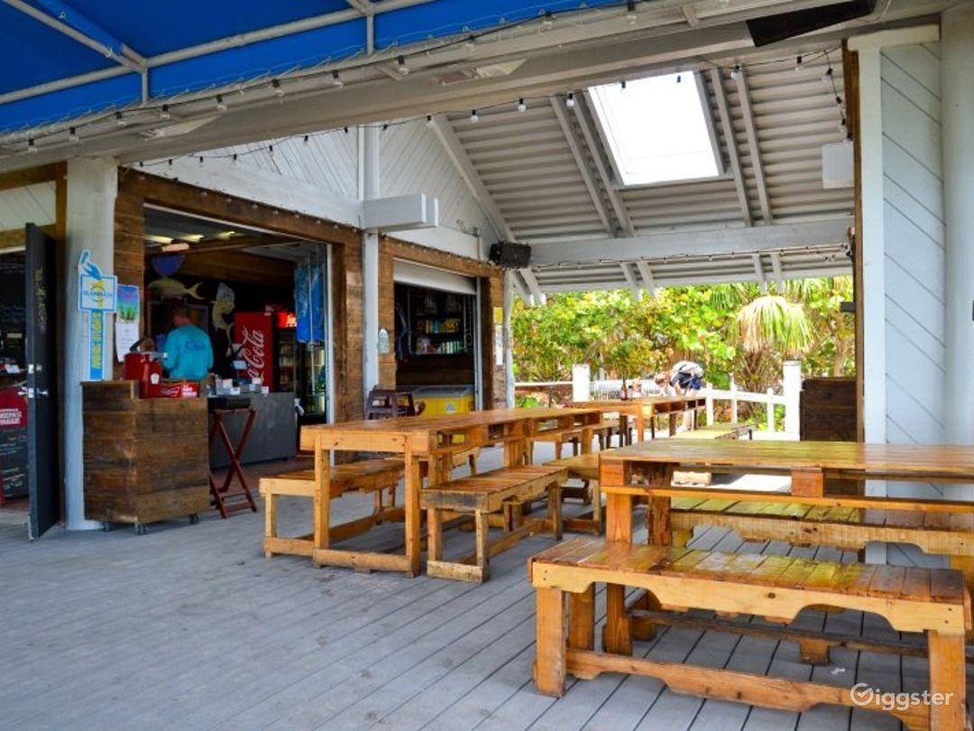 Fascinating Beach Side Restaurant Photo 1