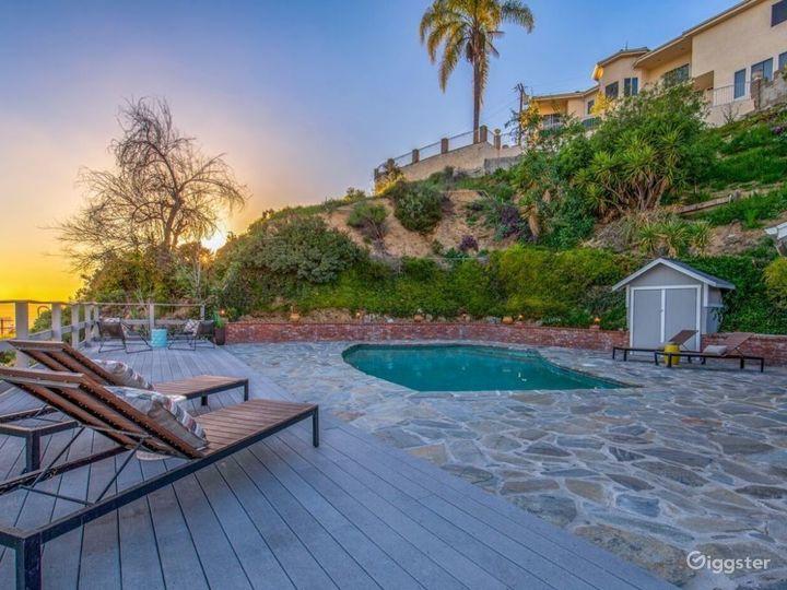 Modern Burbank hills corner house with view & pool Photo 4