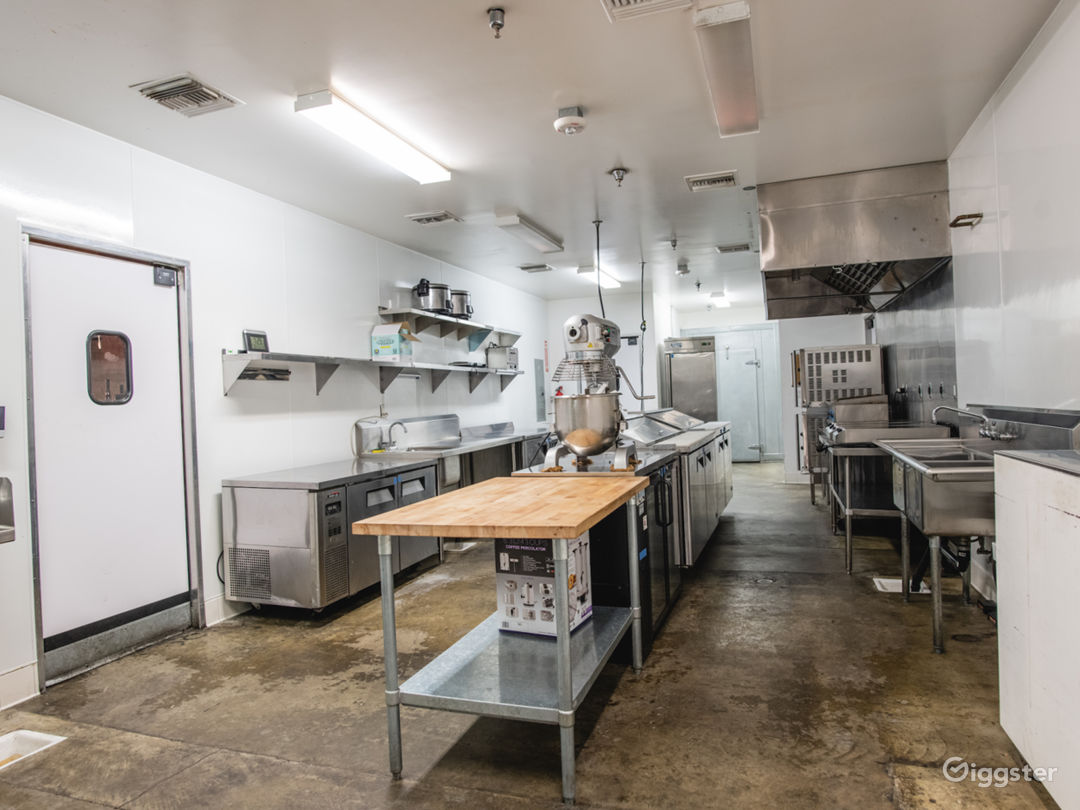 Commercial Kitchen in Arts District DTLA Photo 1