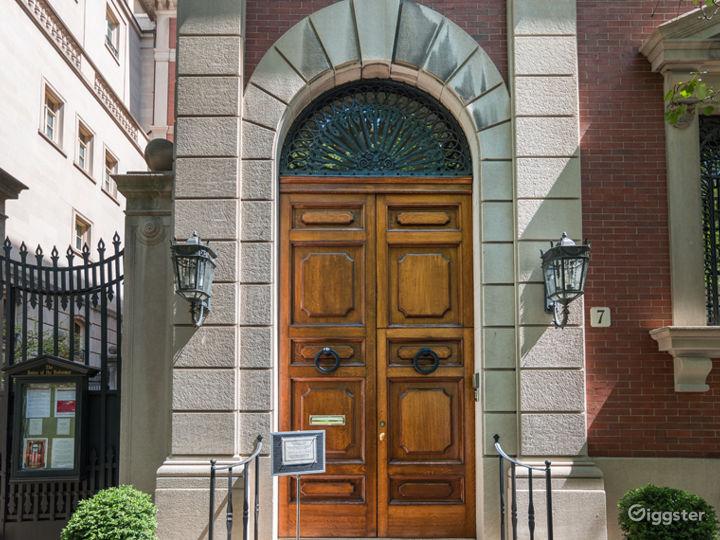 Italian Baroque House in New York Photo 2