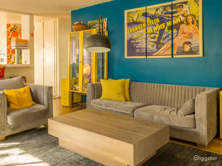 Colorful 2 Bedroom Apartment in West Hollywood Photo 5