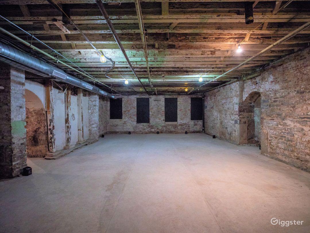 Raw Underground Hideout Studio in LES/Chinatown Photo 5