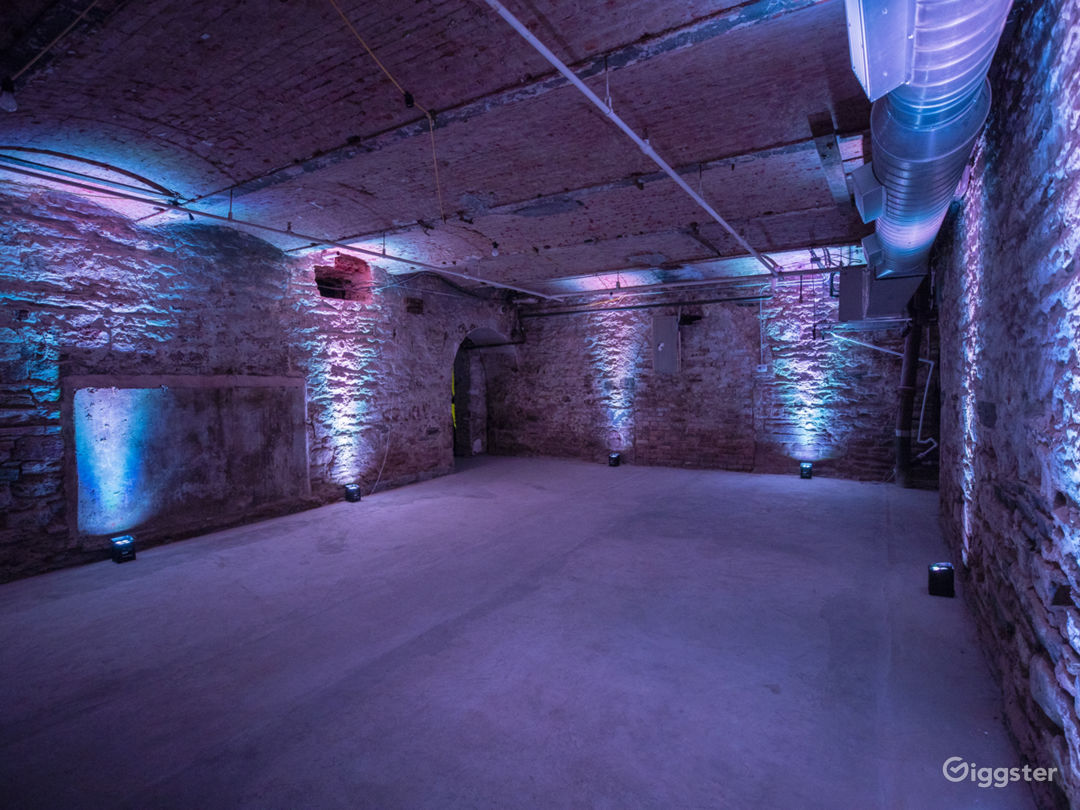 Raw Underground Hideout Studio in LES/Chinatown Photo 2