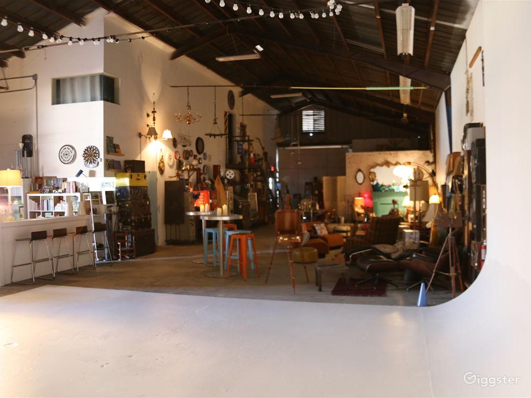 Burbank warehouse shooting location with many uses Photo 1