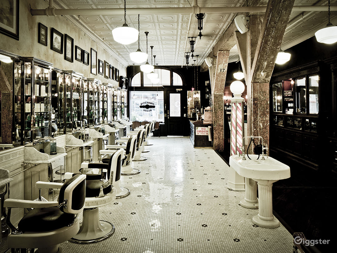 Traditional mens barber shop: Location 5011 Photo 1