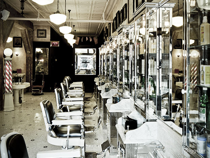 Traditional mens barber shop: Location 5011 Photo 4
