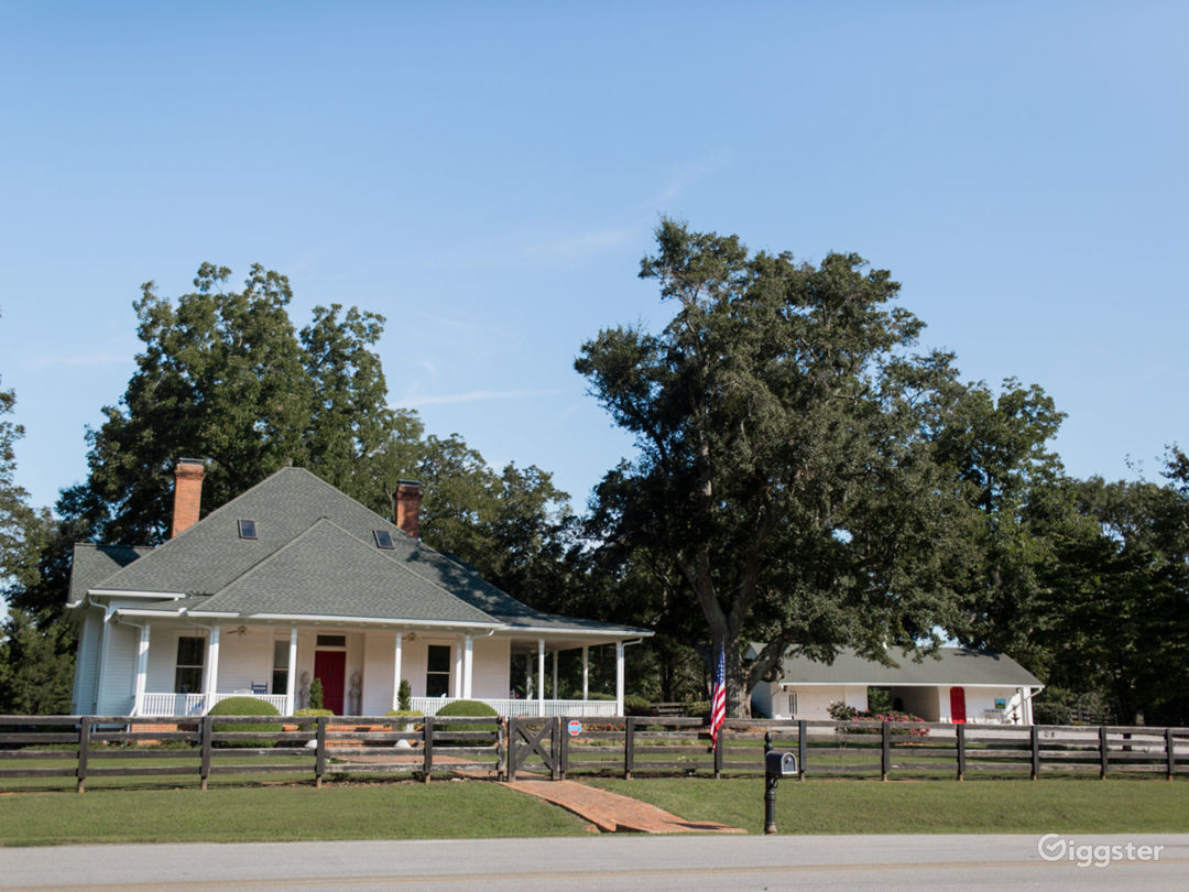 New-Nan Farm in the City of Homes - Newnan GA Photo 1