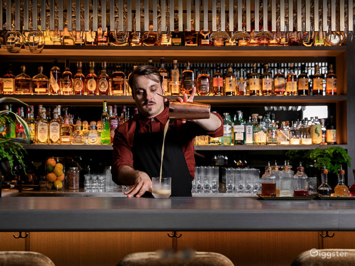 A Glamorous hidden cocktail bar in Stratford Photo 2