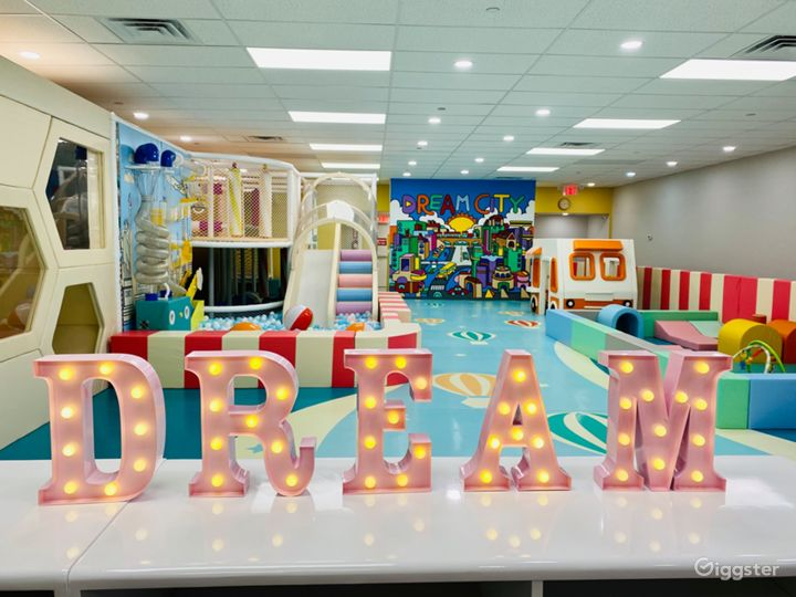 Children's Play and Learn Center in Forest Hills