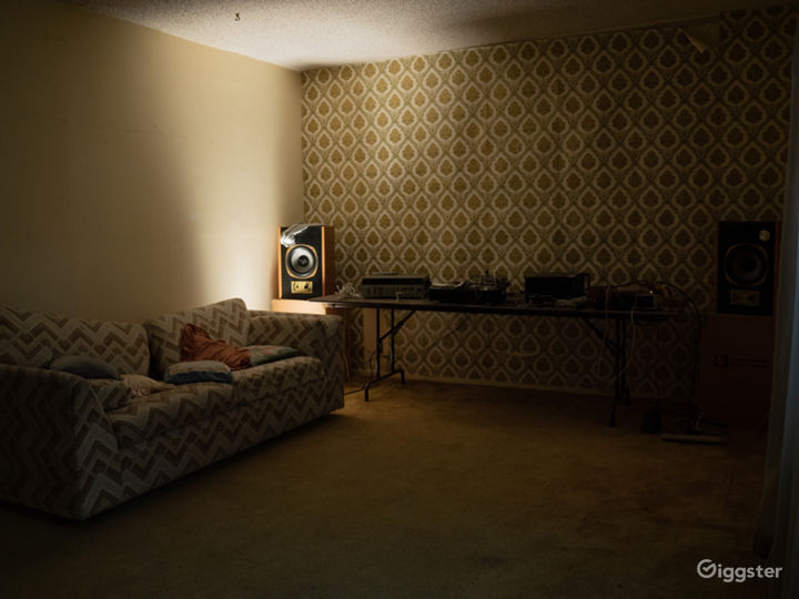 Abandoned Vintage Apartment (1970s)