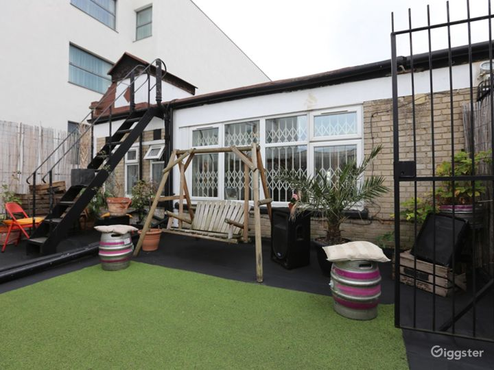 Bamboo Roof Terrace in London Photo 4