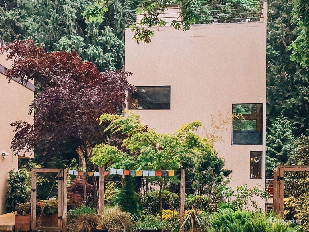 Exterior facing driveway