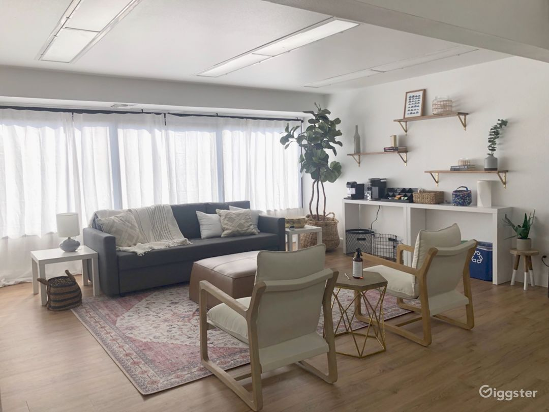 Bright Modern Loft Office Space Photo 5