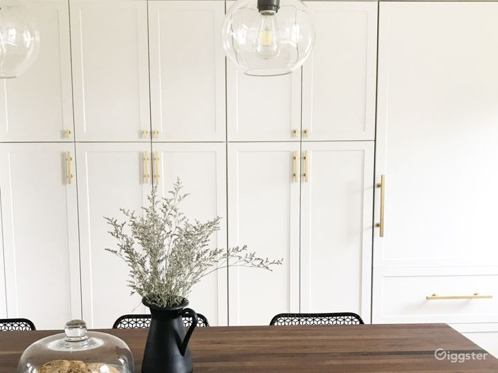 Bright + Airy Modern Traditional Brooklyn Townhome Photo 3